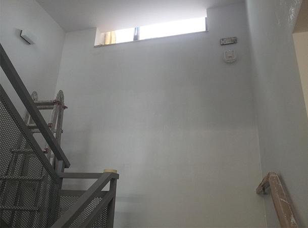 Desarrolla-reparacion-humedades-escalera-estado-final