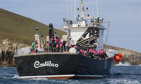 VIII edición de la travesía a nado Sisargas-Malpica barcos