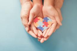 desarrolla-dia-mundial-autismo-asociacion-colaboracion-solidaridad-coruna-lugo-raiolas