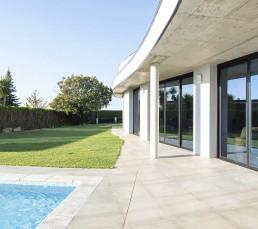 vivienda-unifamiliar-planta-baja-piscina-concepto-abierto-portada