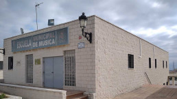 La escuela de música de Manilva se distribuye en dos plantas