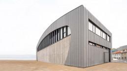 El Centro Comunitario Costa da Morte ofrecerá exposiciones sobre el pasado ballenero de Caión